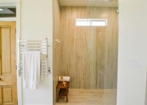 Rio Vista Shower, Bathrooms
